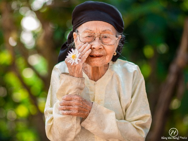 Ý nghĩa và con số lô đề của giấc mơ thấy bà nội