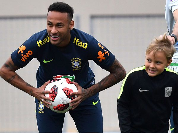 Con trai Neymar là ai? Sự thật ít ai biết về tiểu Neymar