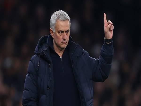 Tiểu sử Mourinho - Người đặc biệt làng bóng đá Jose Mourinho